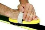 Buffing ski wax